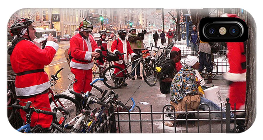 Michigan Avenue IPhone X Case featuring the photograph Santas Gone Wild by David Bearden