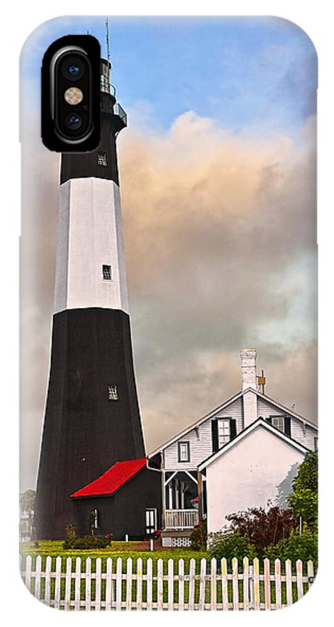 Architecture IPhone X Case featuring the photograph Tybee Lighthouse by Marcia Colelli