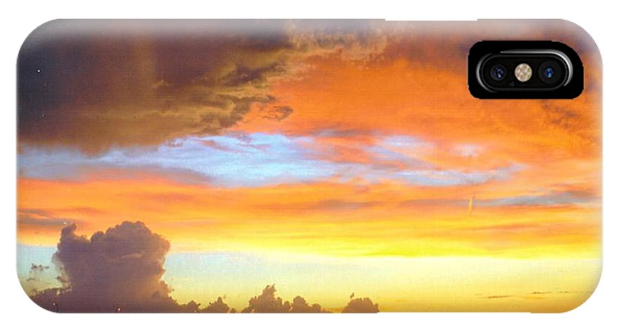 Multi Colors Over Caloosahatchee River In Ft.myers IPhone X Case featuring the photograph Sky Scape by Robert Floyd