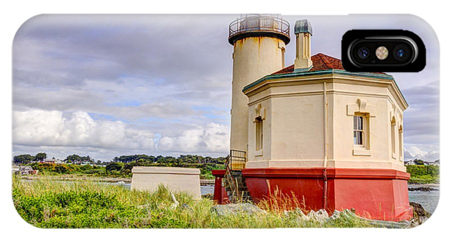 Bandon IPhone X Case featuring the photograph Coquille River Lighthouse by John Trax