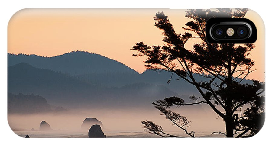 Ecola State Park IPhone X Case featuring the photograph United States by Greg Vaughn