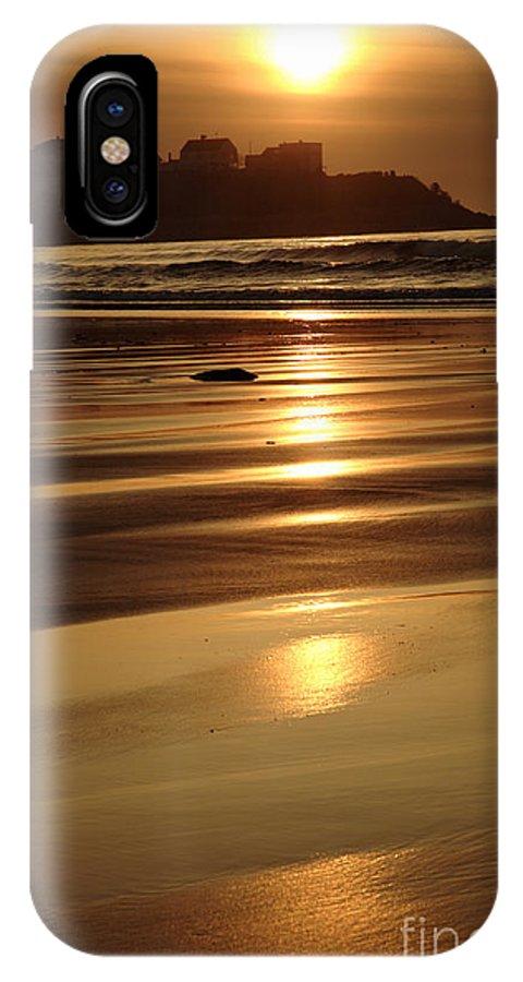 Atlantic Ocean IPhone X Case featuring the photograph Hampton Beach New Hampshire Usa by Erin Paul Donovan