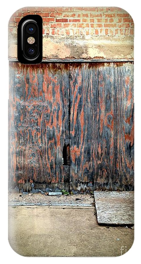 Door IPhone X Case featuring the photograph 524 Indie by Sara Webb