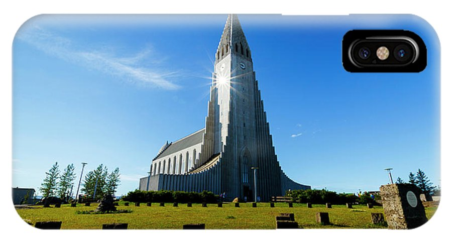 Hallgrimskirkja IPhone X Case featuring the photograph Reykjavik, Iceland by Mikel Bilbao / Vwpics