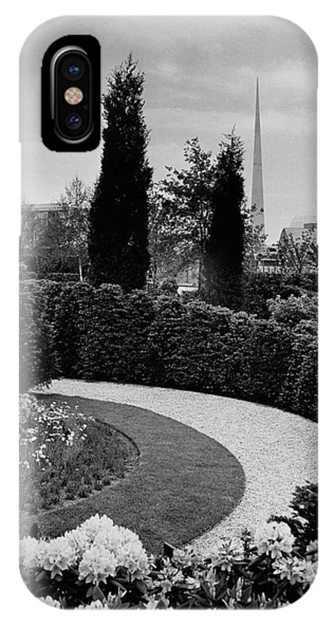 Garden IPhone X Case featuring the photograph A Bobbink & Atkins Garden by Ben Schnall