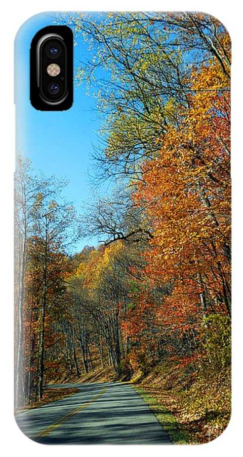 Scenic Tours IPhone X Case featuring the photograph A Country Road by Skip Willits