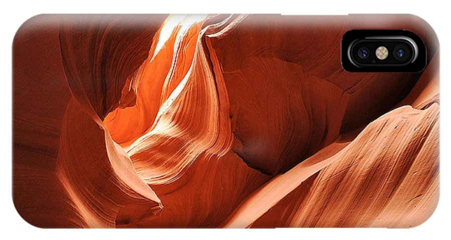Landscape IPhone X Case featuring the photograph A Fine Line by Jim Southwell