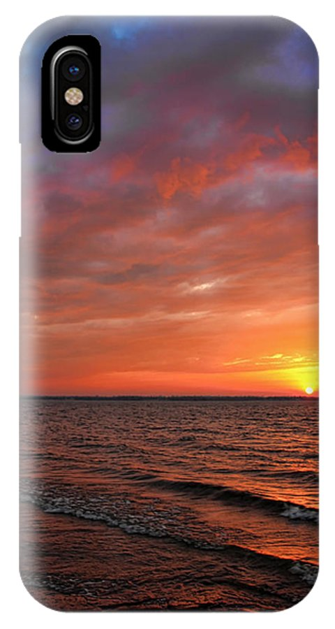 Sunset IPhone X Case featuring the photograph A Gorgeous Sunset In The Back Yard by Carolyn Fletcher