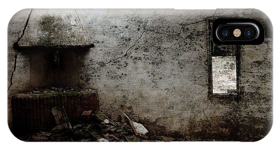 Grunge IPhone X Case featuring the photograph Abandoned Little House 3 by RicardMN Photography