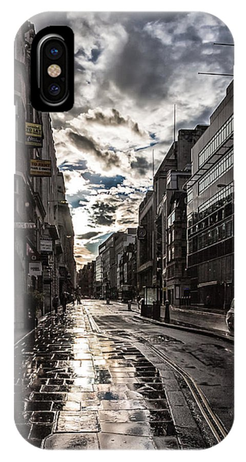 England IPhone X Case featuring the photograph After.the.rain by Roland Bedernik
