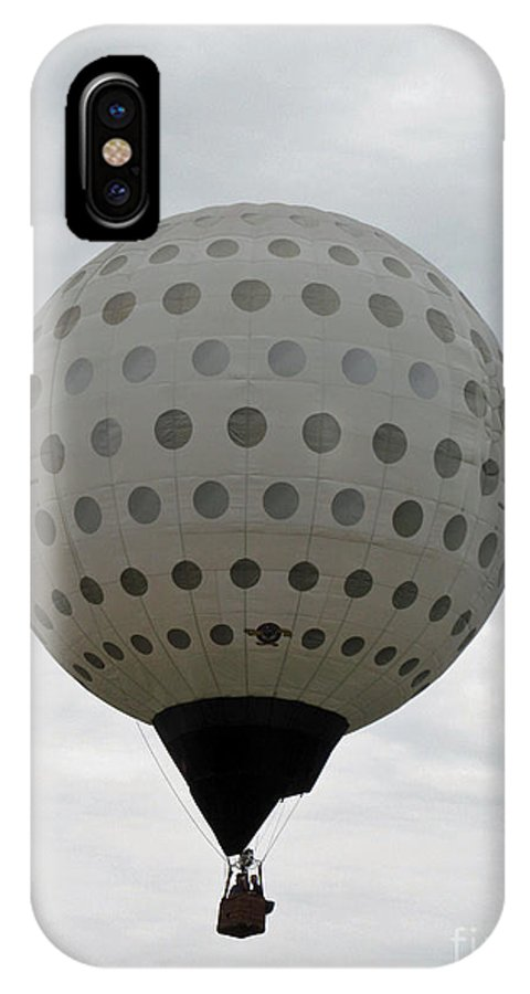 Hot Air Balloons IPhone X Case featuring the photograph Air Golf by Jamie Smith