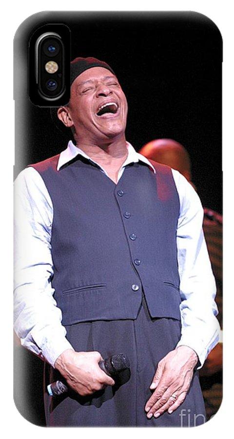 Vocalist IPhone X Case featuring the photograph Al Jarreau by Concert Photos