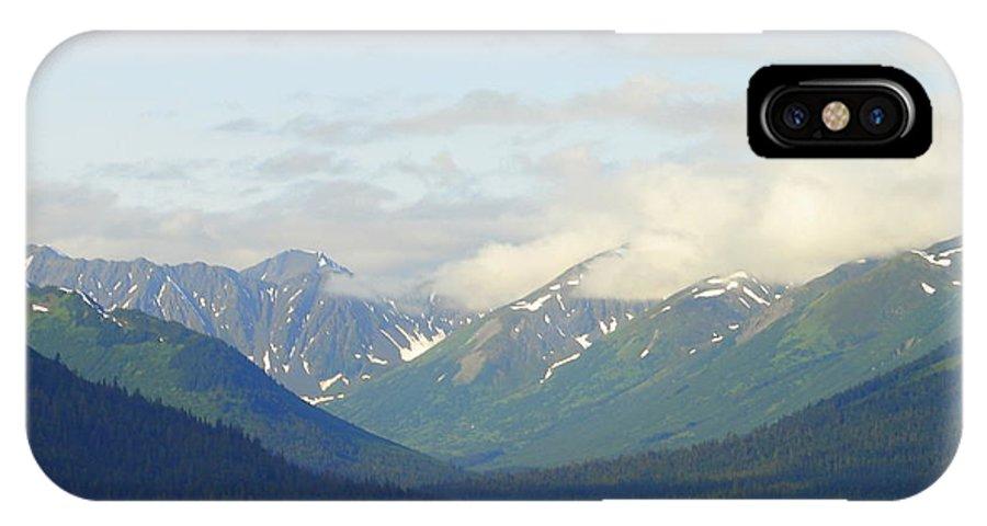 Alaska IPhone X Case featuring the photograph Alaska 16 by Lew Davis