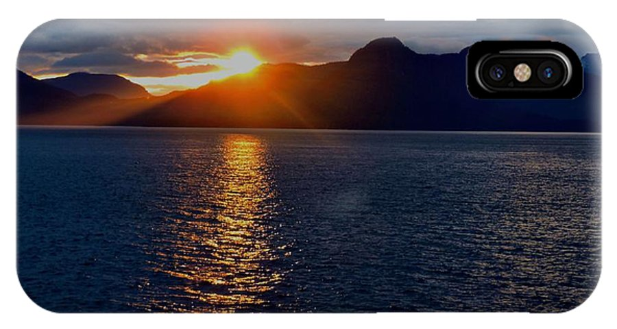 Sunset IPhone X Case featuring the photograph Alaskan Sunset by Christopher Duncan
