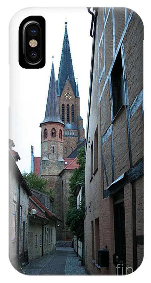 Alley IPhone X Case featuring the photograph Alley In Schleswig - Germany by Christiane Schulze Art And Photography
