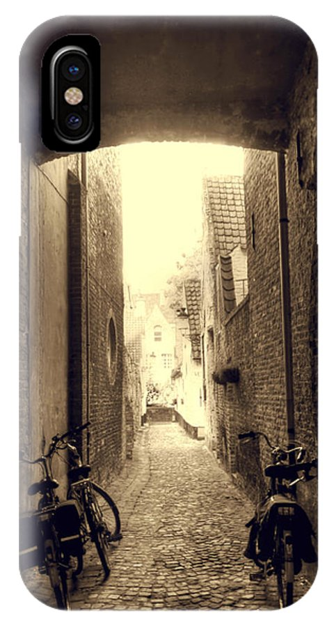 Brugge Belgium IPhone X Case featuring the photograph Alleyway by Danielle Mattson