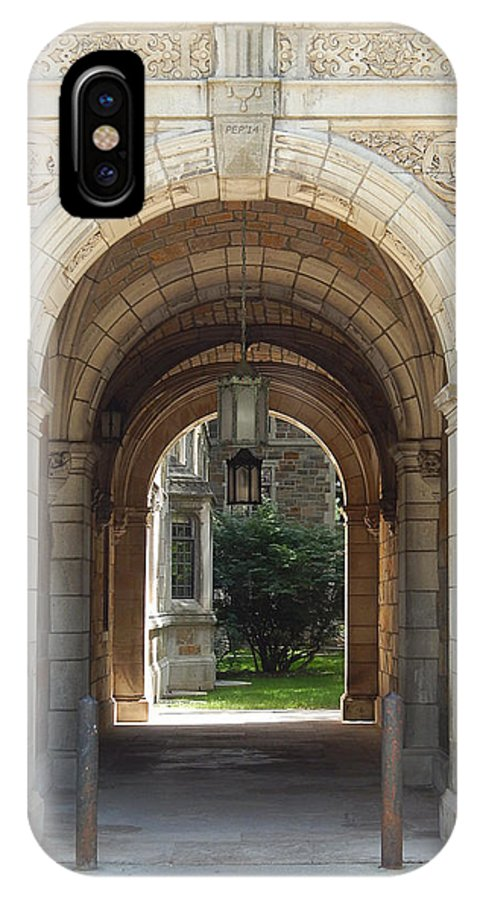 Photography IPhone X Case featuring the photograph Archway To Courtyard by Phil Perkins