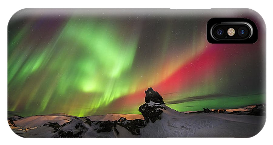 Aurora IPhone X Case featuring the photograph Aurora Dance by Viktoras Kaubrys