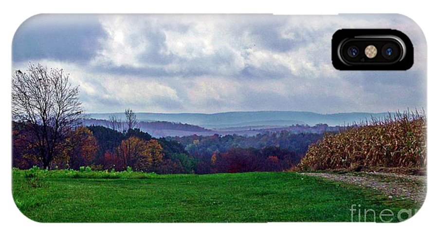 Pennsylvania IPhone X Case featuring the photograph Autumn Horizon by Christian Mattison