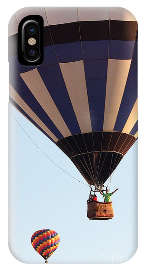 Hot Air Balloon IPhone X Case featuring the photograph Balloon-2shotwave-7393 by Gary Gingrich Galleries
