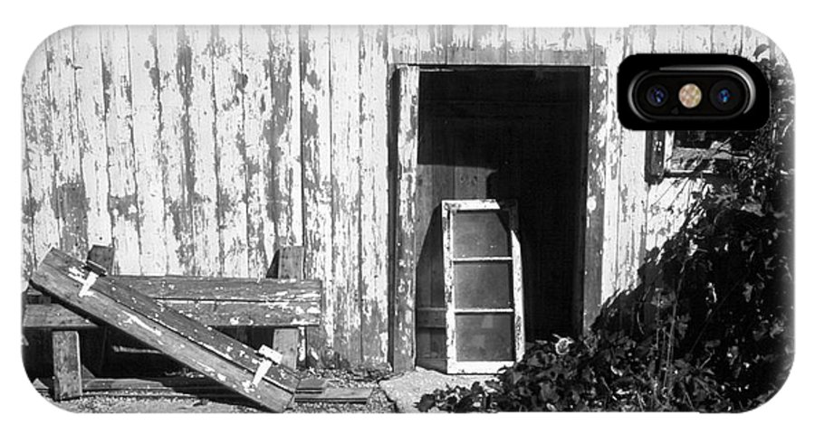 Barn IPhone X Case featuring the photograph Barn Door by Richard Kitchen