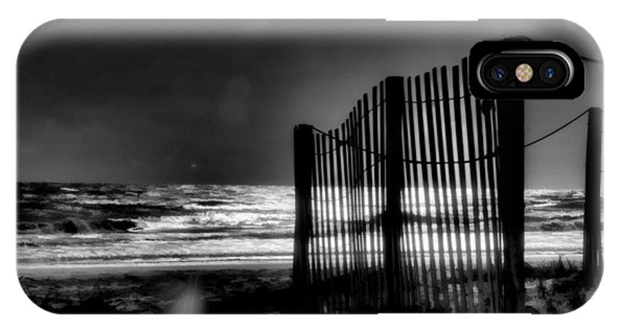 Beach IPhone X / XS Case featuring the photograph Beach Fence by Michael Schwartzberg