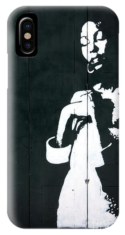 Graffiti IPhone X Case featuring the photograph Beauty In A Graffiti by Sophie Vigneault
