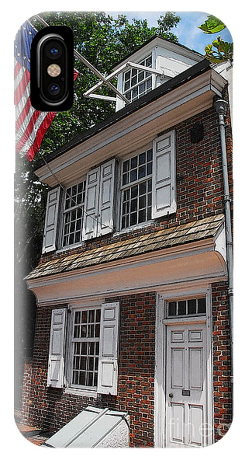 Philadelphia IPhone X Case featuring the photograph Betsy Ross House by Cindy Manero