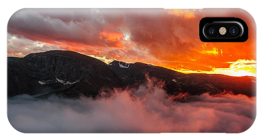 Colorado IPhone X Case featuring the photograph Between The Layers by Jeremy Oliver