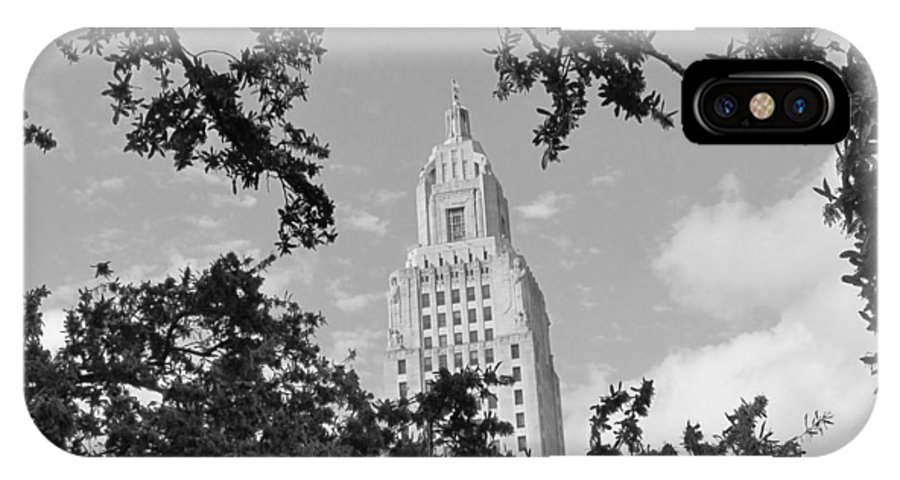 Louisiana State Capitol IPhone X Case featuring the photograph Bewreathed Bnw by Hal Gould