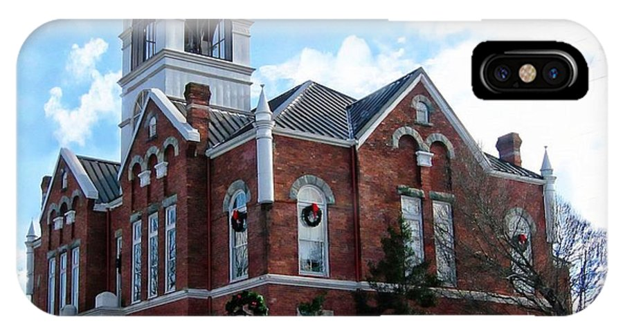 Blairsville IPhone X Case featuring the photograph Blairsville Courthouse At Christmas by Joe Duket