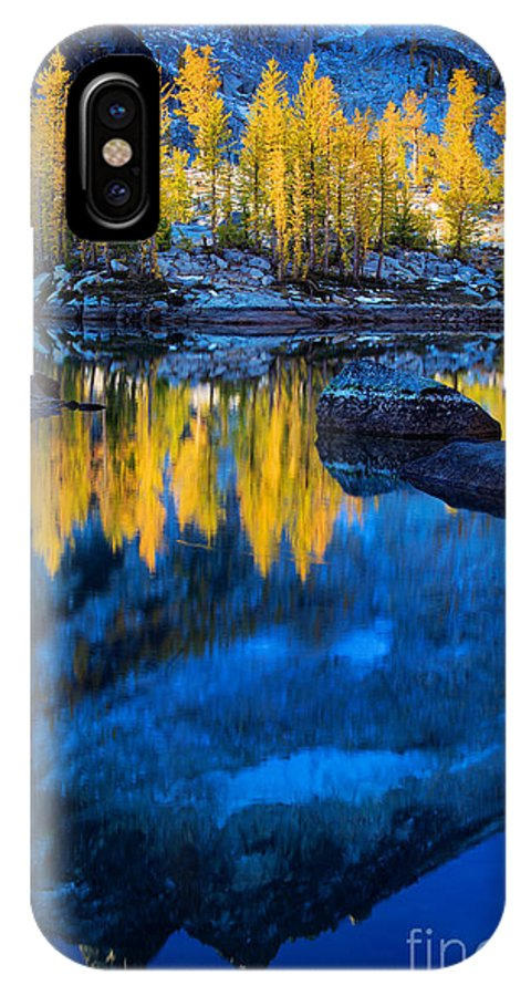 Alpine Lakes Wilderness IPhone X Case featuring the photograph Blue And Yellow by Inge Johnsson
