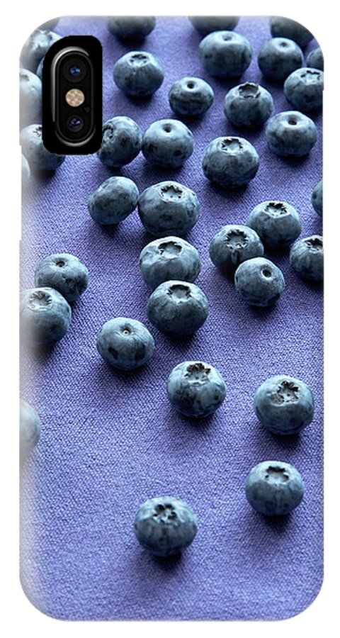 Vaccinium Sp. IPhone X Case featuring the photograph Blueberries by Claudia Dulak / Science Photo Library
