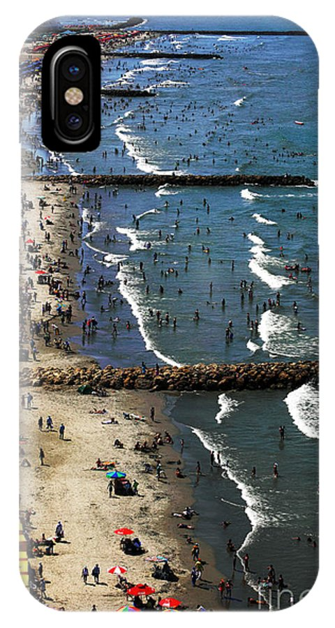 Colombia IPhone X Case featuring the photograph Bocagrande - Cartagena by John Rizzuto