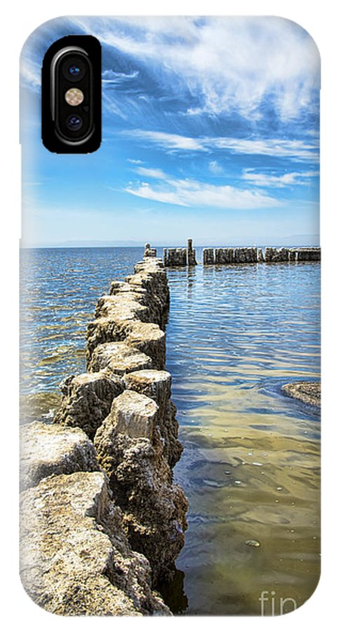 Salton Sea IPhone X Case featuring the photograph Bombay Beach 2 by Keith Ducker