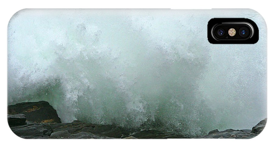 Water IPhone X Case featuring the photograph Breaking Wave by Mariarosa Rockefeller