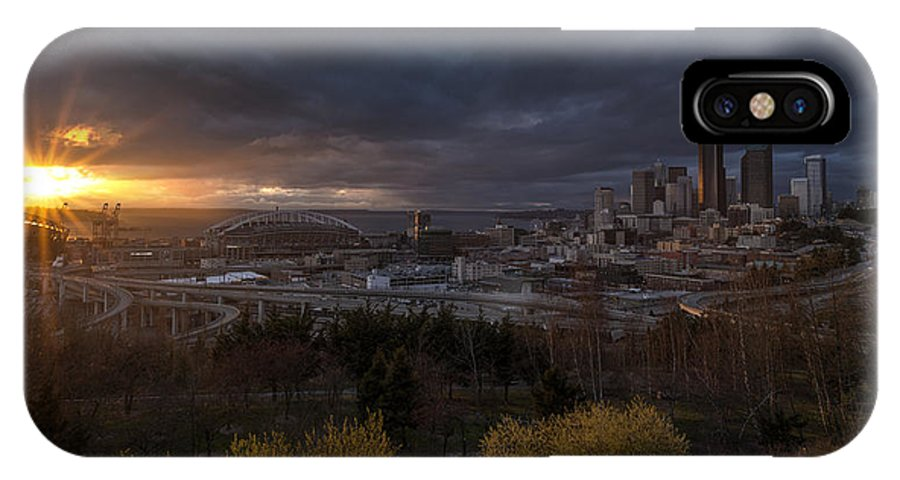 Seattle IPhone X Case featuring the photograph Bright Seattle Sunstar Dusk Skyline by Mike Reid