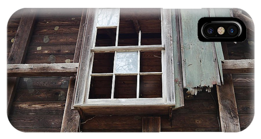 Barn IPhone X Case featuring the photograph Broken Window by Richard Reeve