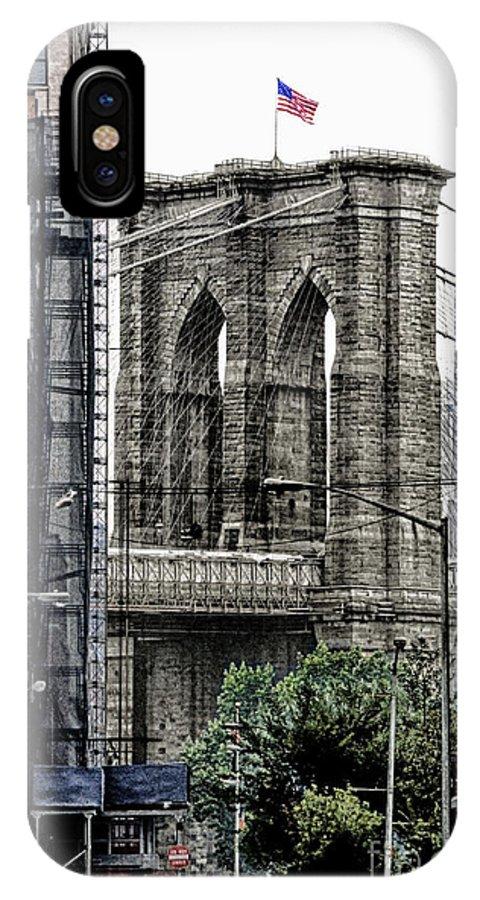 New York City IPhone X Case featuring the photograph Brooklyn Bridge 7 by Bob Stone