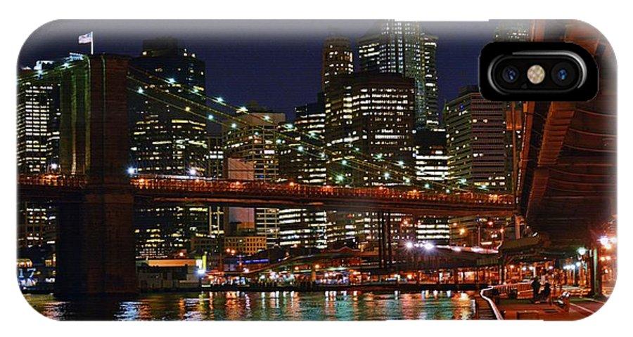 Brooklyn Bridge IPhone X Case featuring the photograph Brooklyn Bridge At Night by Vidal Ortiz