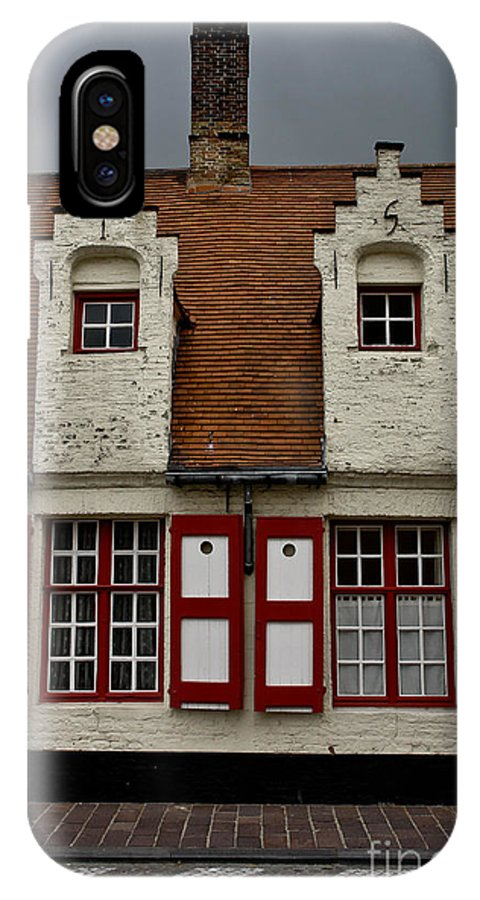 Beguinage House IPhone X Case featuring the photograph Bruges Houses by Brothers Beerens