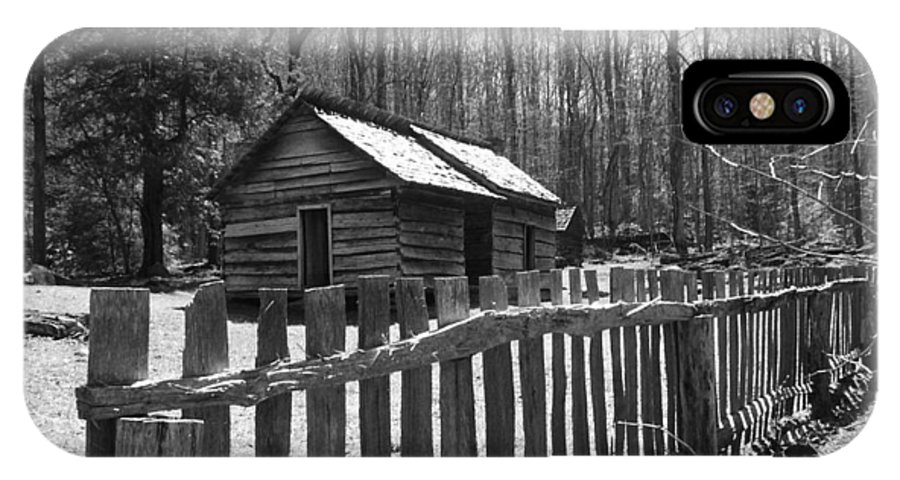 Cabin IPhone X Case featuring the photograph Humble by Jeff Roney