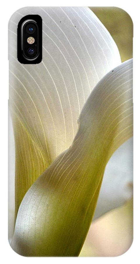 Calla Lily IPhone X Case featuring the photograph Calla Lily by Jeff Lowe