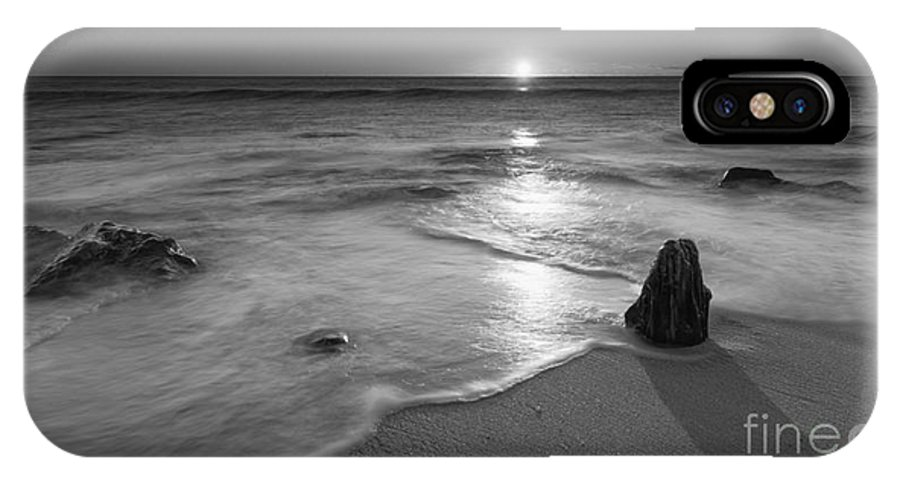Sandy Hook IPhone X Case featuring the photograph Calm Winter Waves Bw by Michael Ver Sprill