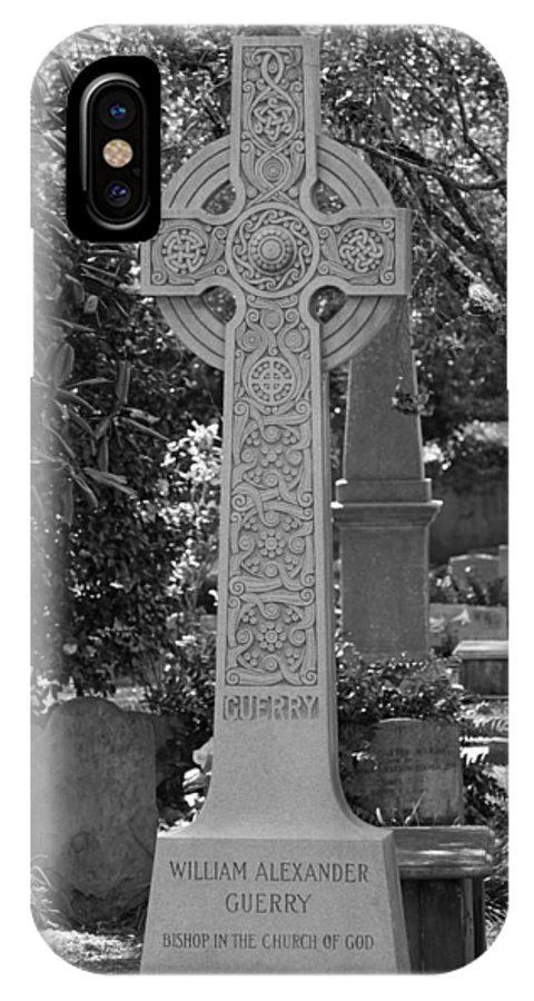 Poster IPhone X Case featuring the photograph Celtic Cross - Charleston South Carolina by Suzanne Gaff