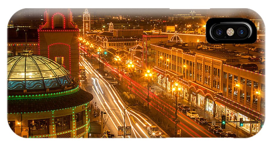 Kansas City IPhone X / XS Case featuring the photograph Christmas On The Plaza by Ken Kobe