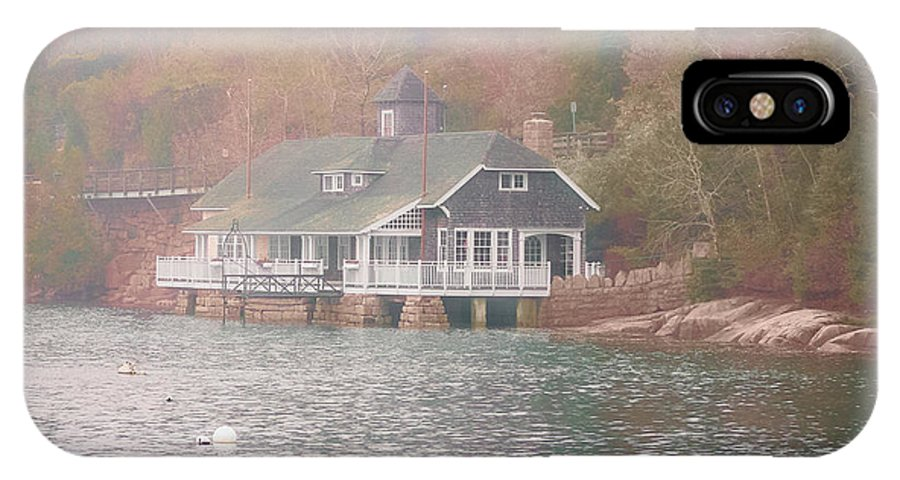 Maine IPhone X Case featuring the photograph Classic Maine Architecture by Elizabeth Thomas