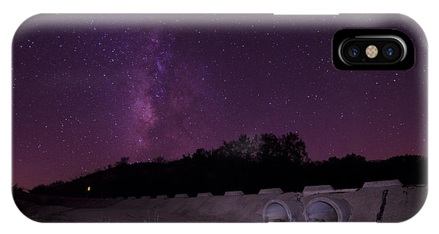 IPhone X Case featuring the photograph Clear Skies by Ryan Smith