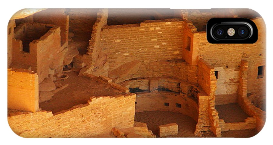 Ancient Ruins IPhone X Case featuring the photograph Cliff Dwellings by Jeff Swan