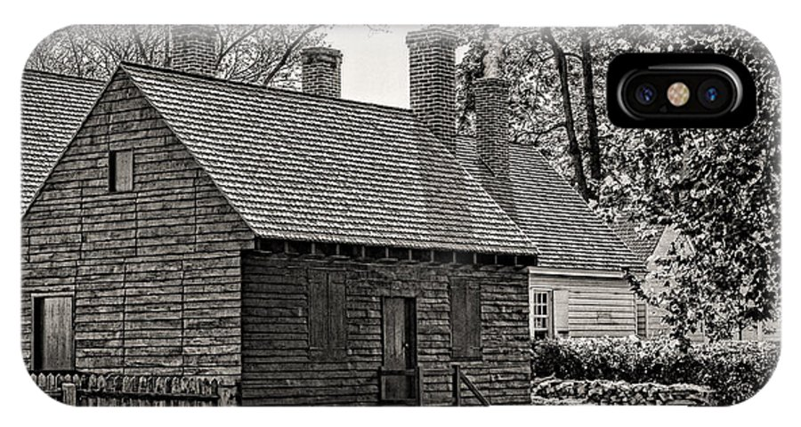 Colonial Williamsburg IPhone X Case featuring the photograph Colonial Williamsburg 2 by Brenda Hackett